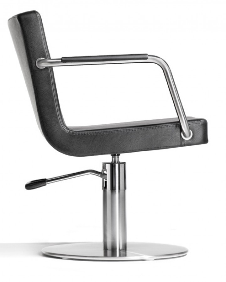 kiela friseurstuhl mit rollen brother cde salondesign. Black Bedroom Furniture Sets. Home Design Ideas
