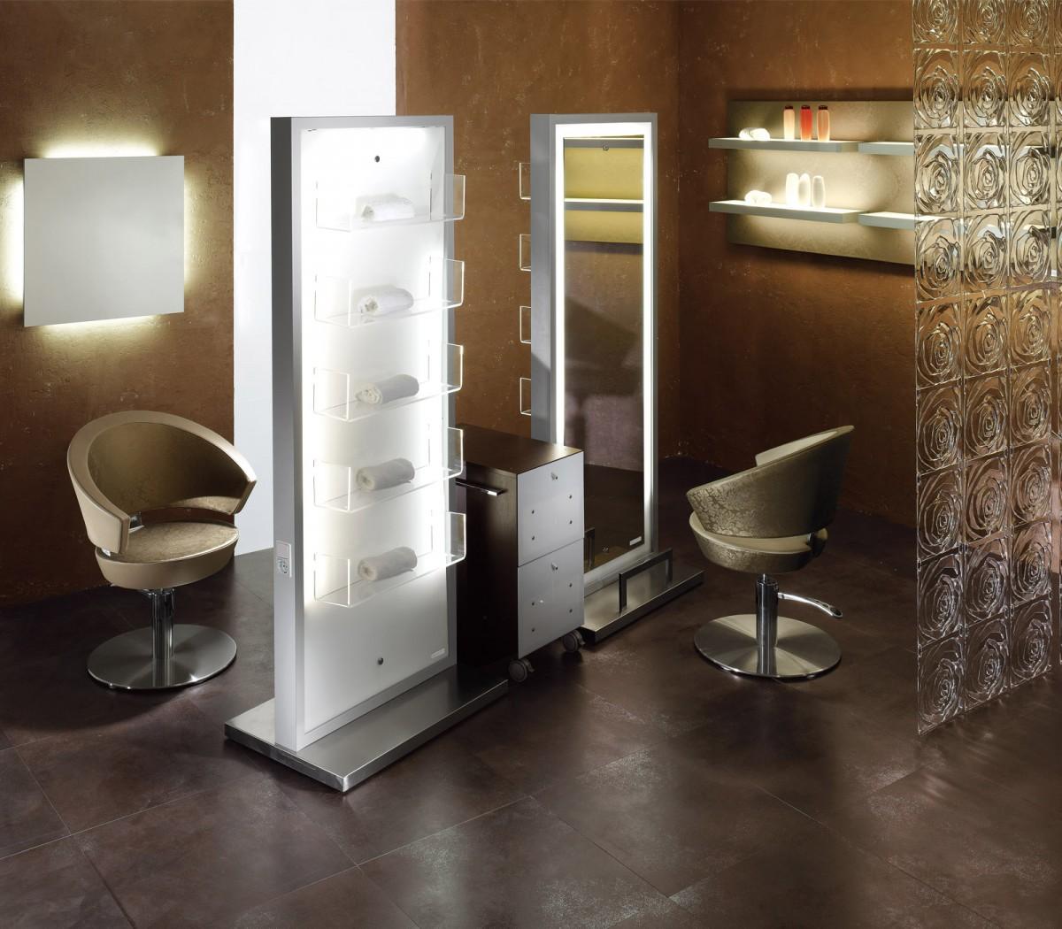 Salon ambience frisierplatz light spiegel regal cde salondesign - Spiegel salon ...